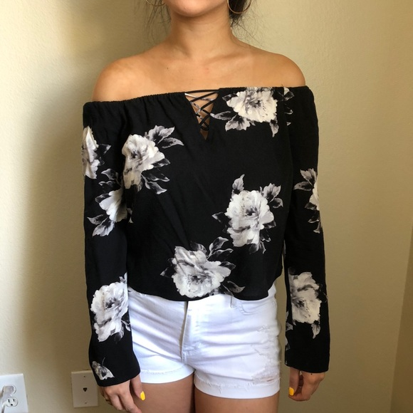 d39caa58962e6 Kendall   Kylie Tops - Kendall + Kylie Floral Off The Shoulder Top